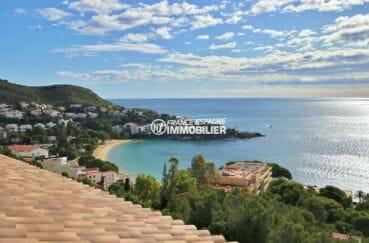 achat immobilier roses: villa 285 m², vue dégagée sur la mer depuis la terrasse