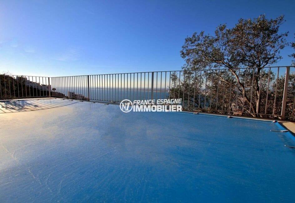 achat maison espagne costa brava, terrain 847 m², vue plongeante sur la piscine protégée