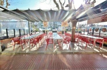 immo espagne costa brava: vend bar restaurant entièrement rénové, terrasse 55 m²