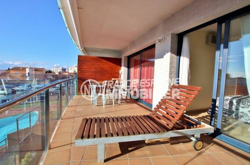 immo roses: appartement standing ref.3867,  terrasse sur la vue marina et piscine