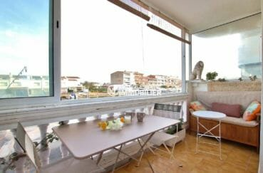 appartement a vendre empuriabrava, terrase véranda avec vue canal/marina | ref.3877