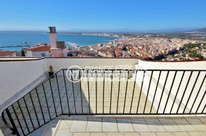 aperçu d'une des 3 terrasses | villa ref.3871