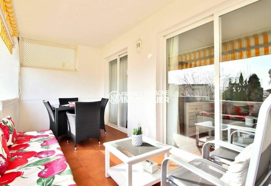 grande terrase avec salle à manger d'été | appartement ref.3873