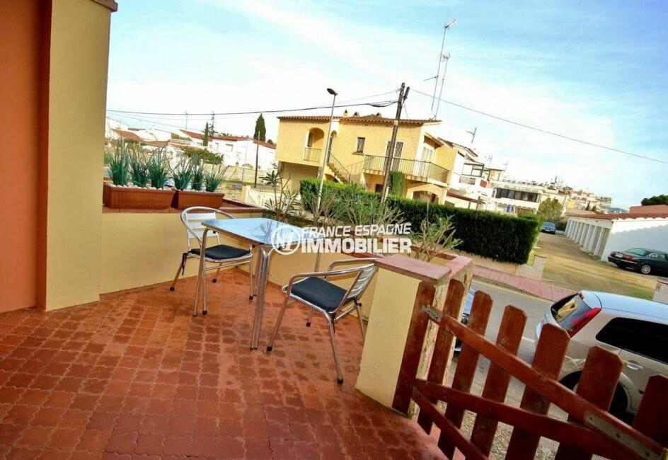 achat appartement empuriabrava, ref.3856, terrasse avec vue mer latérale