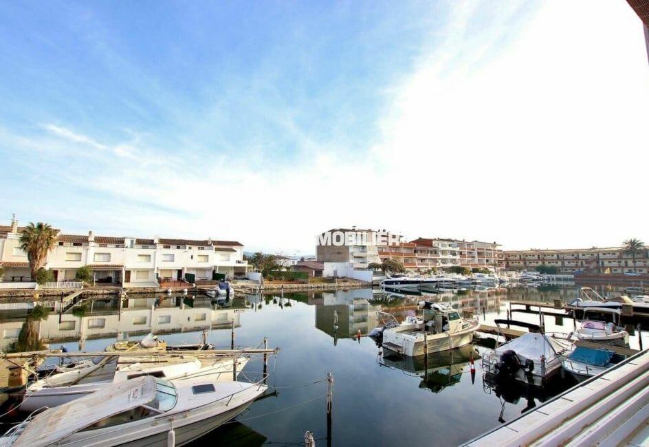 empuriabrava immobilier: superbe vue sur la marina depuis la terrasse de l'appartement ref.3877, à vendre