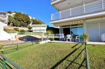 appartement a vendre rosas, en exclusivité avec terrasse 12 m² et jardin privé 30 m²