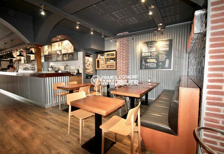 agence immobiliere costa brava: bar restaurant à 400 m de la plage, zone commerciale