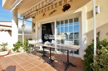immobilier ampuriabrava: villa ref.3875, vue façade et terrasse