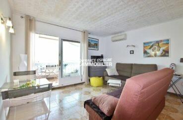 appartement a empuriabrava, séjour avec accès terrasse | ref.3877