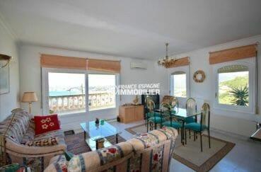 grand séjour standing avec accès terrasse   villa ref.3871