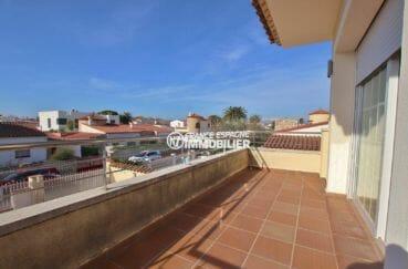 immobilier empuria brava: villa ref.3875, terrasse à l'étage
