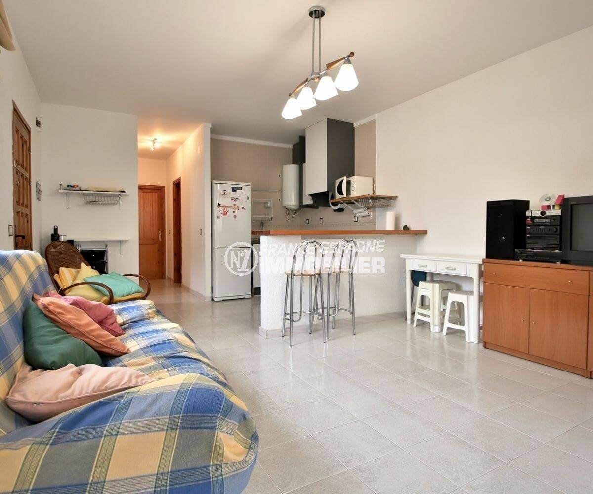 maison a vendre empuria brava, 109 m², grand séjour avec coin repas et cuisine américaine