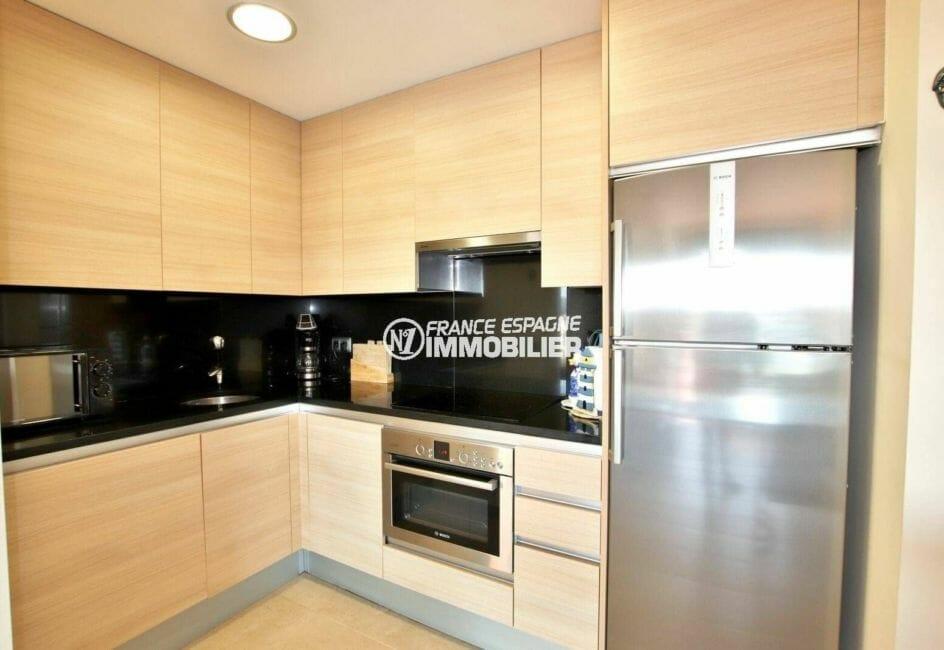 agence immobilière costa brava: ref.3868, cuisine aménagée avec des rangements