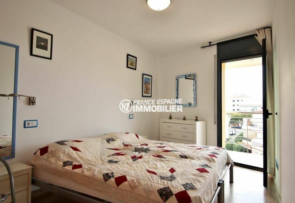 seconde chambre lit double avec accès terrasse   ref.3869