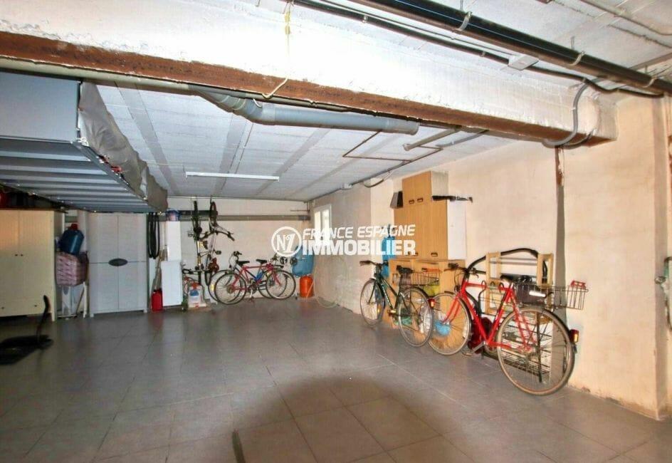 la costa brava: appartement ref.3877 avec parking privé en sous-sol