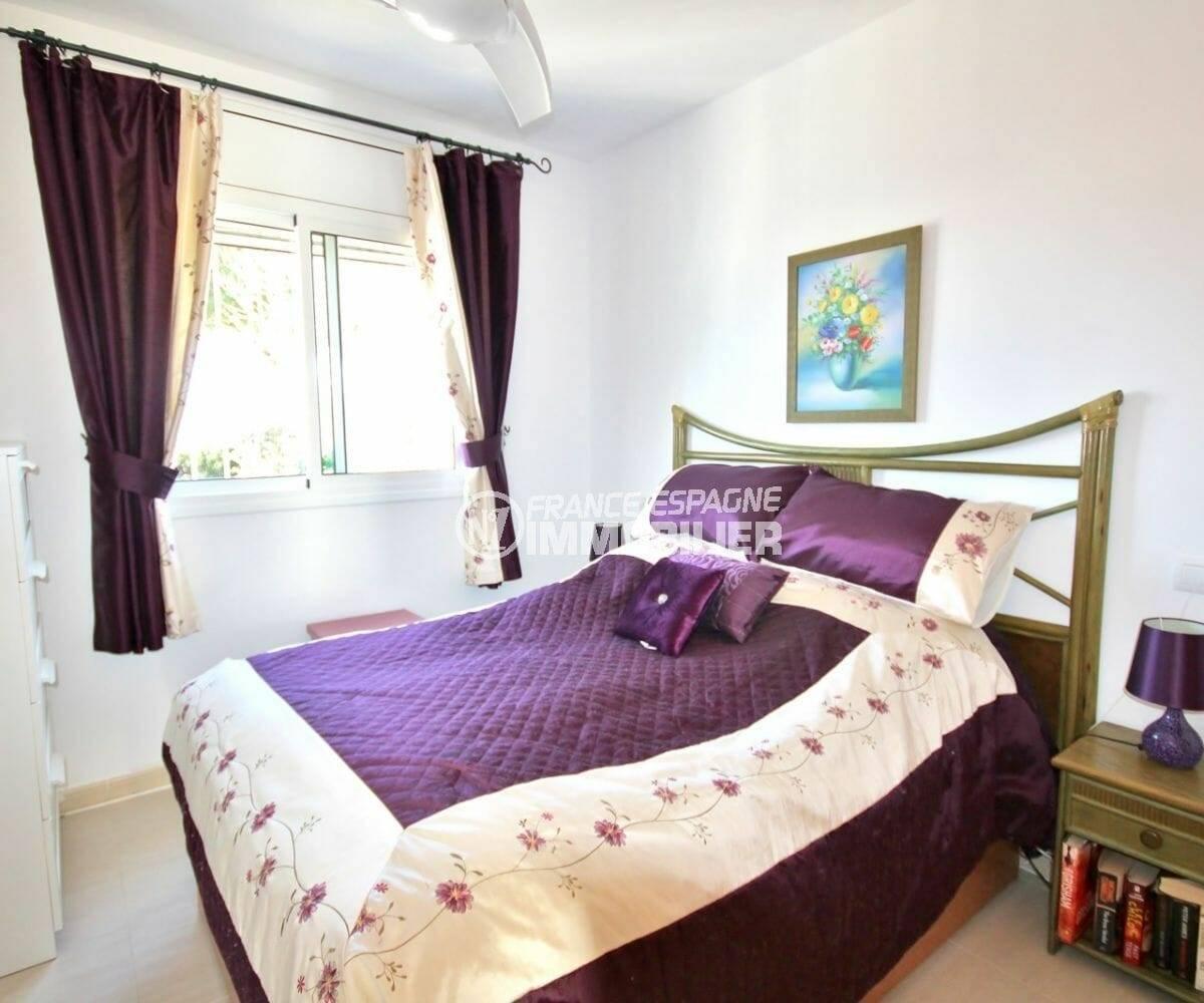 maison a vendre a empuriabrava, 137 m², première des 3 chambres (suite parentale)