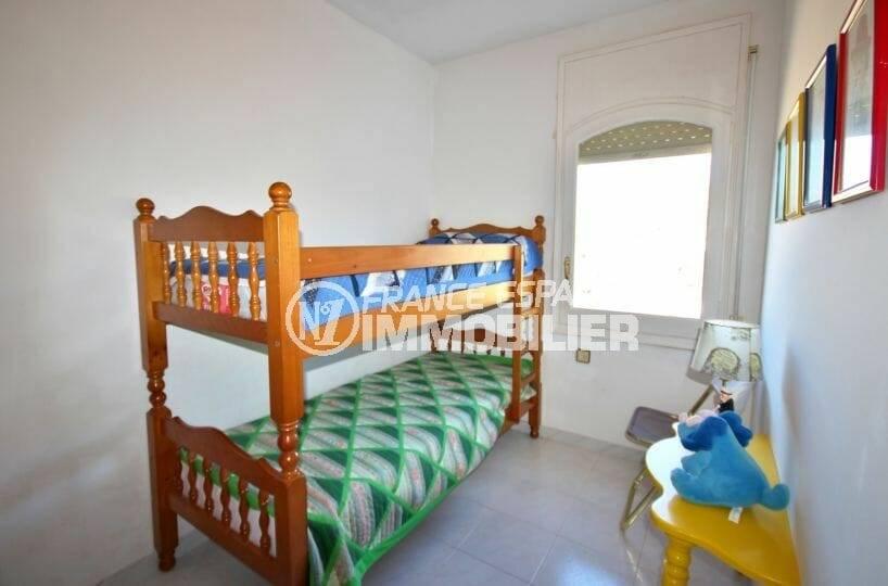 villa ref.3871, 174 m² cosntruit, quatrième chambre (lits superposés)