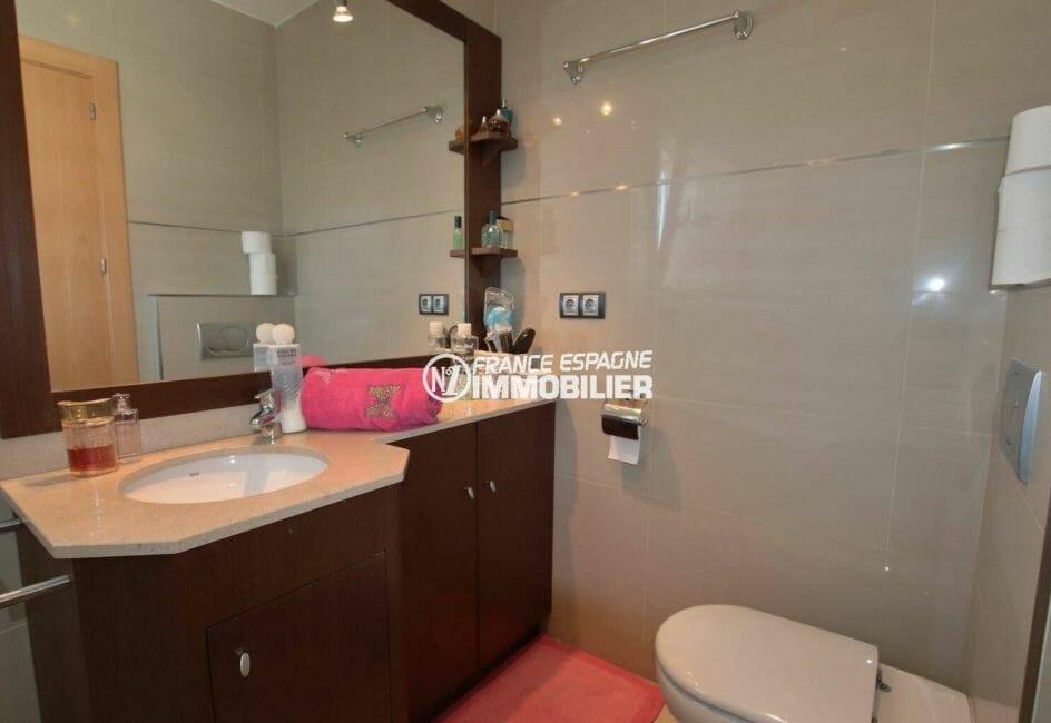 immobilier espagne costa brava: villa ref.3875, salle de bains / toilettes de la première suite
