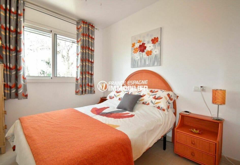 agence empuriabrava: villa 137 m², seconde des 3 chambres