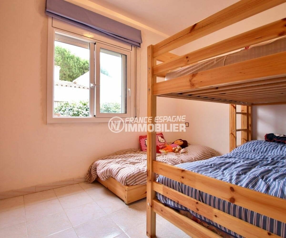 maison a vendre espagne, seconde des 2 chambres - possibilité d'en faire 2 de plus à l'étage
