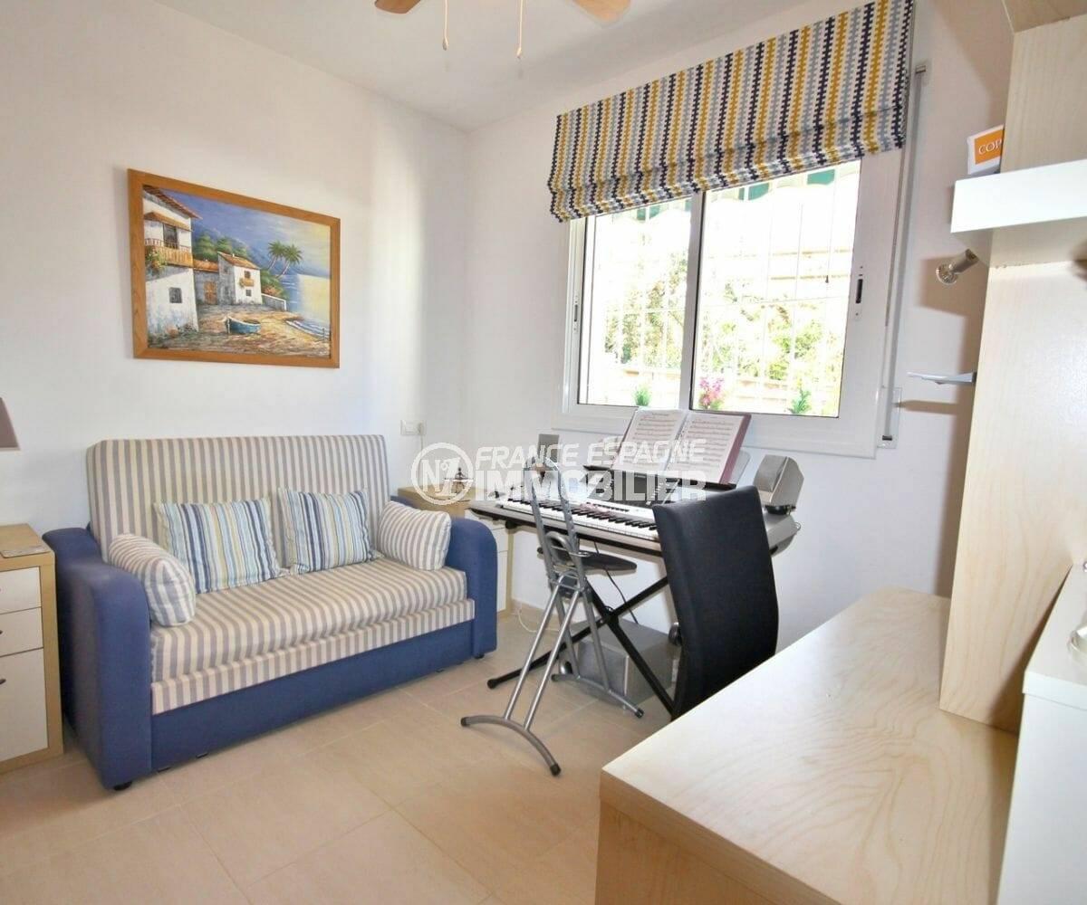 maison a vendre espagne,  137 m², troisème des 3 chambres