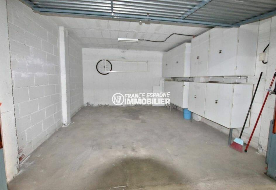 achat appartement rosas, avec garage en sous sol 17 m²