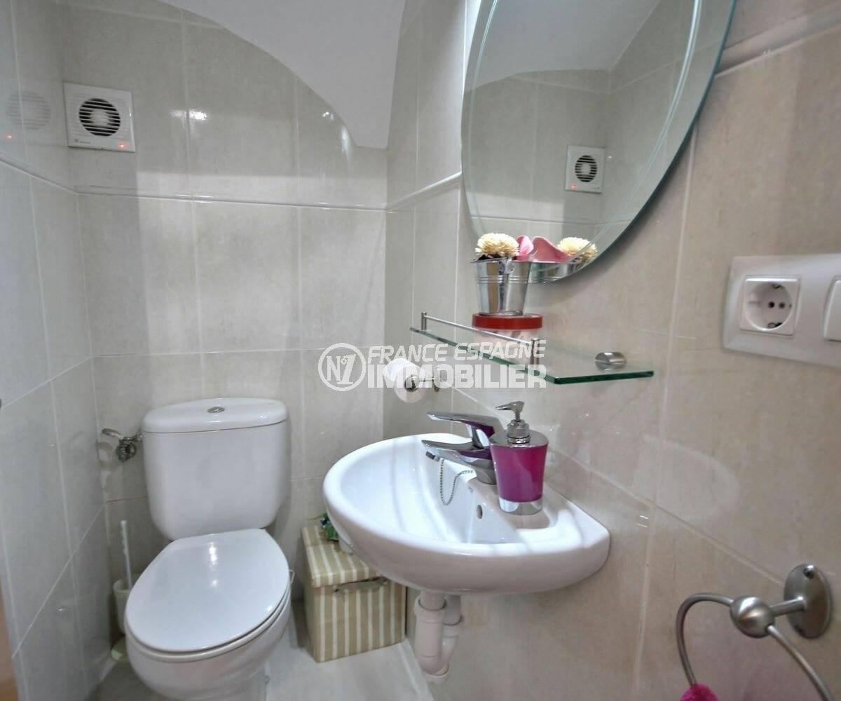 maison a vendre espagne costa brava, wc indépedant au rez de chaussée, ref.3883