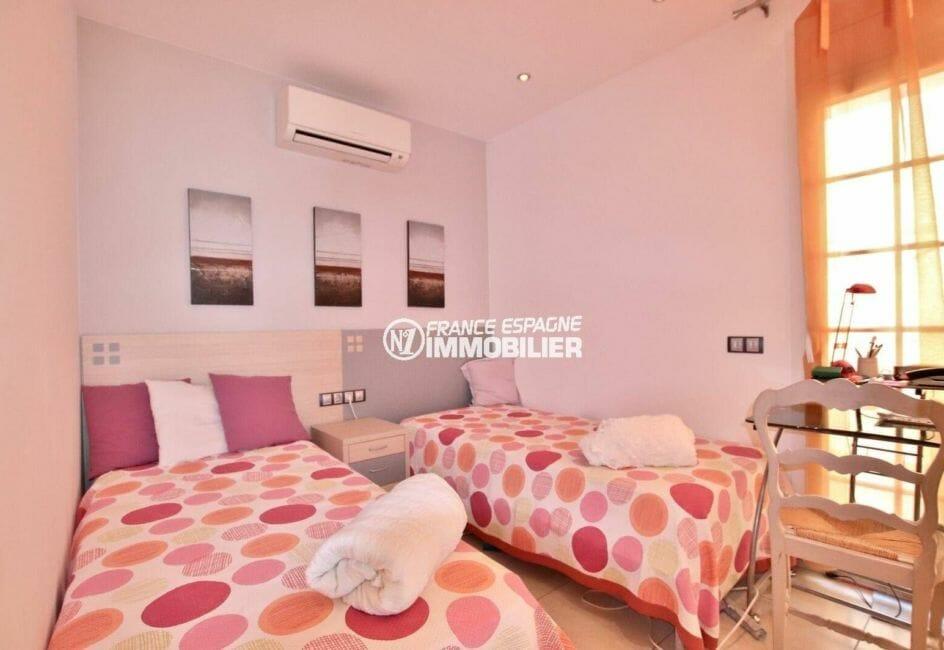 agence immobiliere empuriabrava espagne: villa ref.3875, quatrième chambre