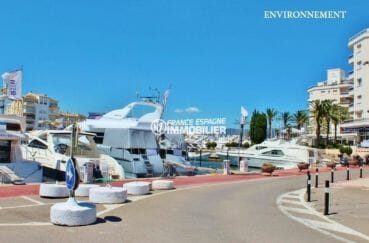 marina empuriabrava: splendides bateaux ammarés