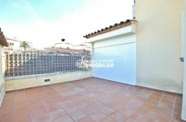 la costa brava: villa ref.3875, garage 19 m² et cour intérieure