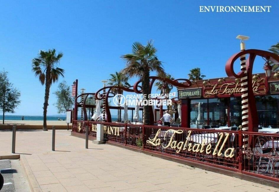 appartement à vendre à rosas, ref.3868, terrasse de restaurants à proximité de la plage