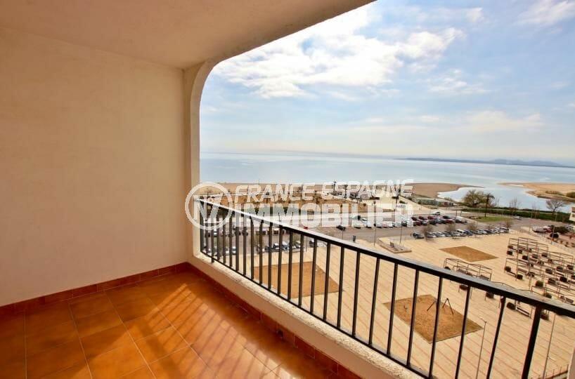 agences immobilières empuriabrava: appartement 83 m², parking privé, plage à 100 m