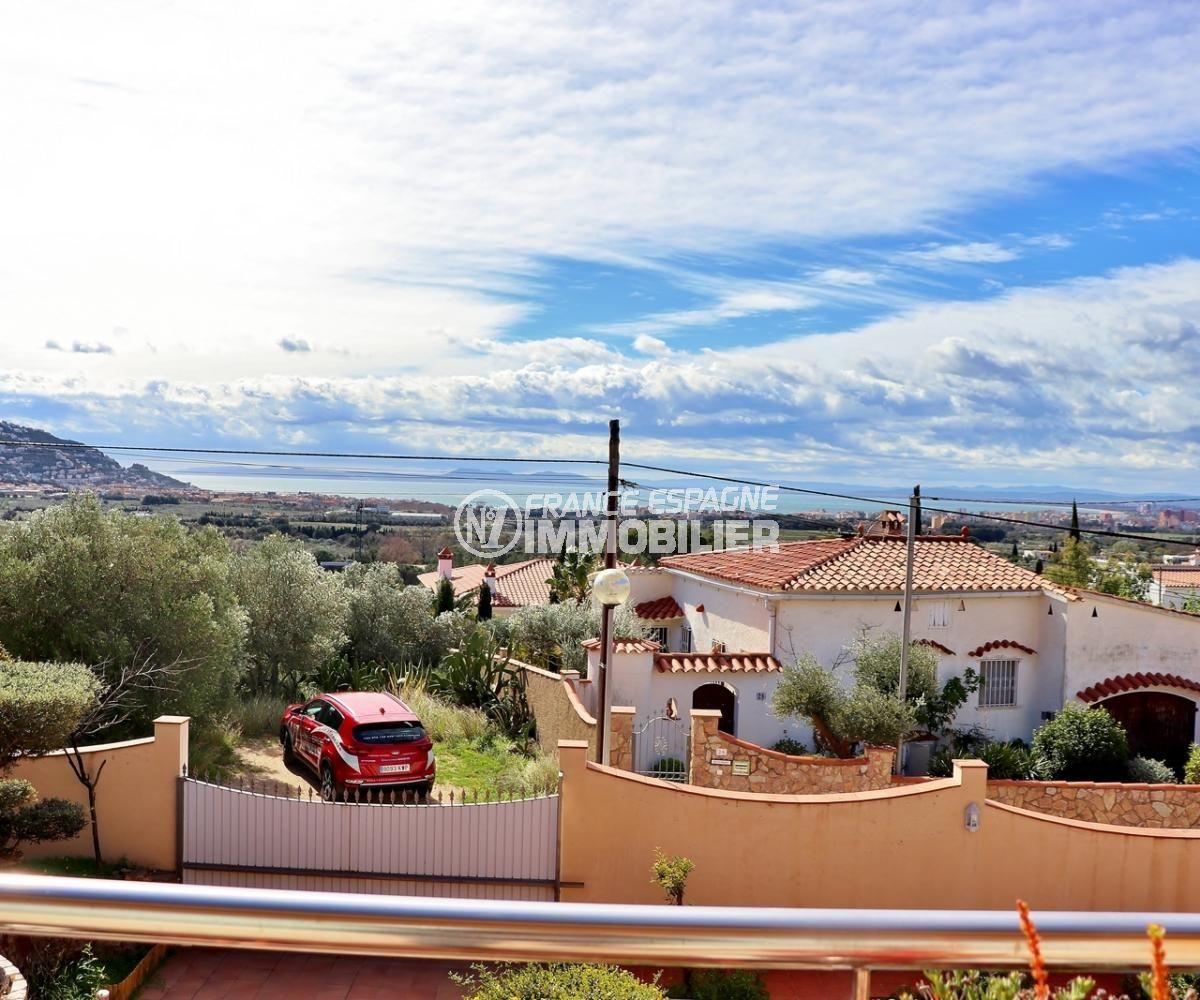 agence immobiliere costa brava: villa 358 m², vue sur la mer depuis la terrasse à l'étage