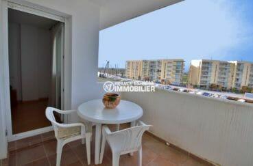immo roses: appartement 50 m² vue sur la marina, proche plage, possibilité amarre, cave & parking