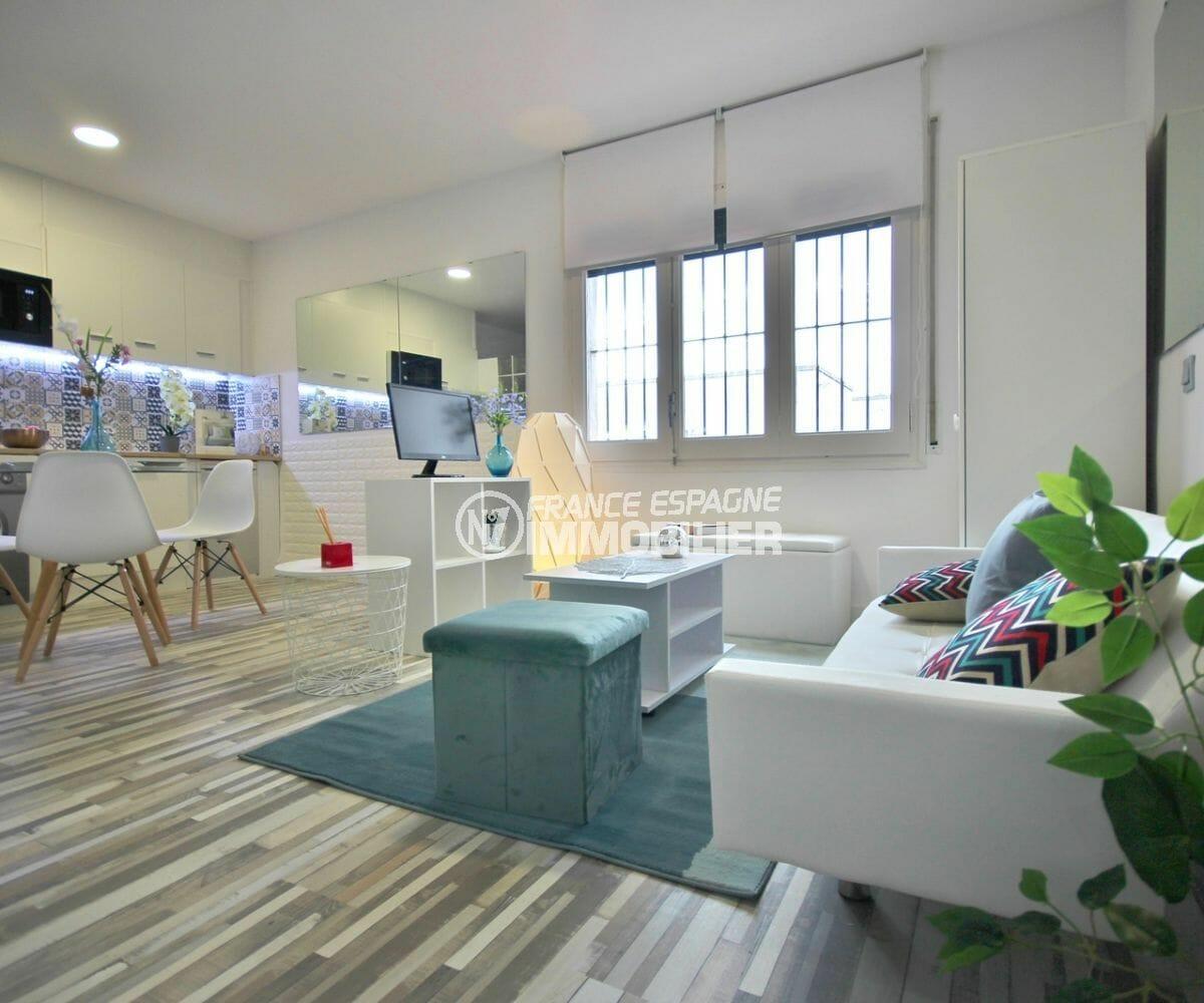 vente appartement empuriabrava, 28 m² rénové et meublé, proche de toutes commodités