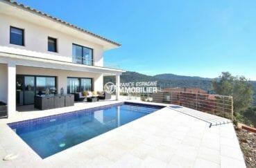 maison a vendre rosas, 330 m² construit, piscine sur terrain 1342 m²