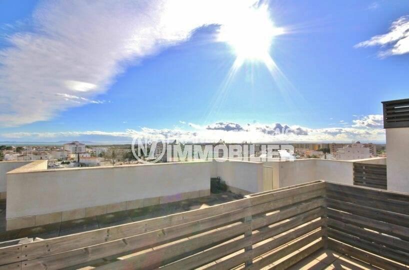 vente appartement rosas, bel atico de 50 m² dans résidence avec piscine, terrasse solarium