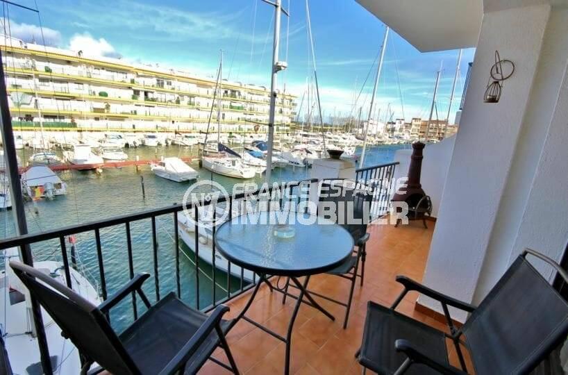 immobilier ampuriabrava: appartement de 64 m², secteur calme, vue marina, plage 400 m