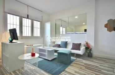 appartement a vendre empuriabrava, 28 m², salon / séjour rénové et lumineux