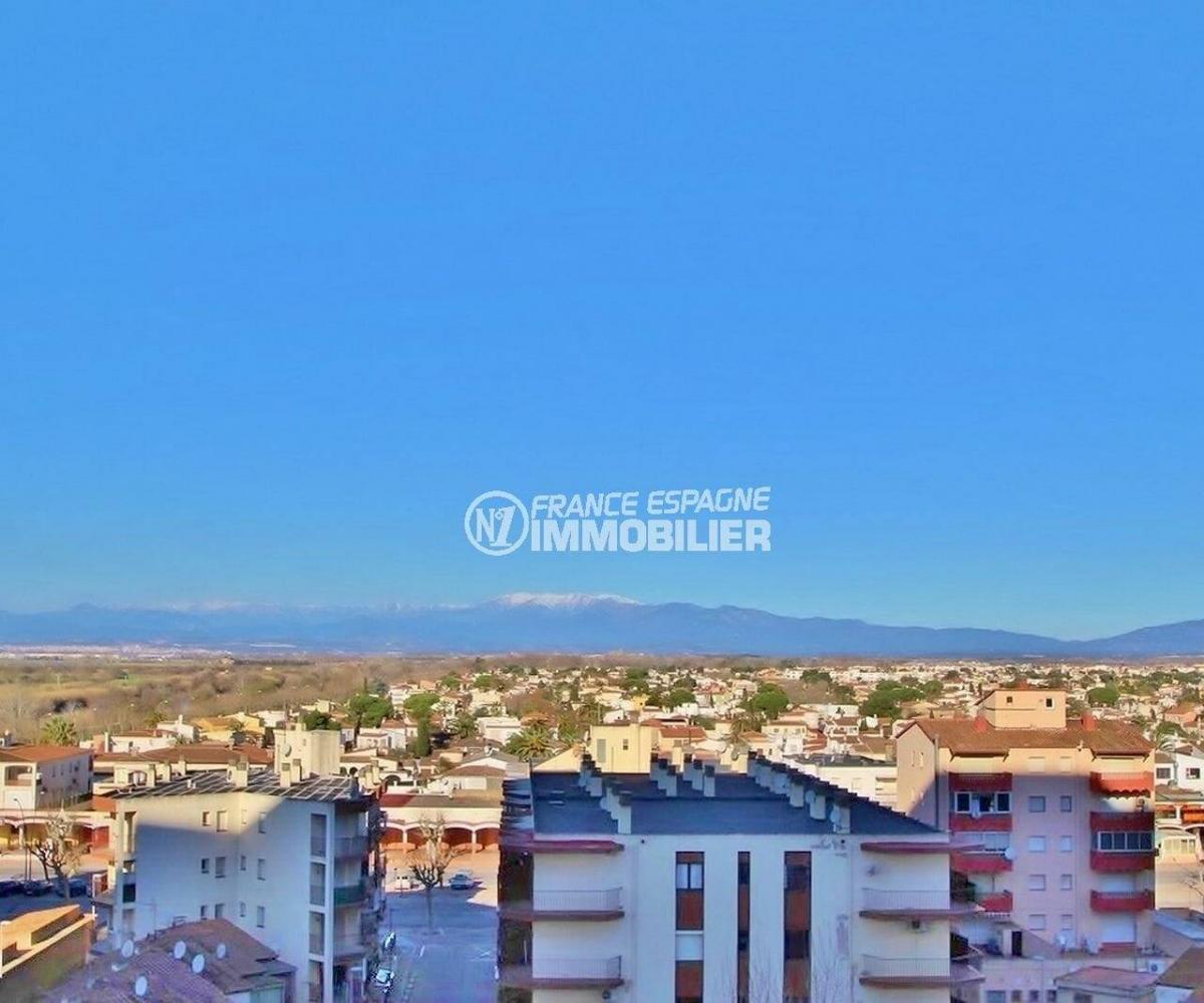 immobilier empuria brava: studio de 24 m², terrasse avec une vue dégagée