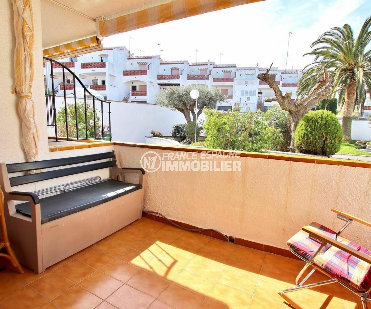 appartement a vendre rosas, résidence proche plage, terrasse coin détente