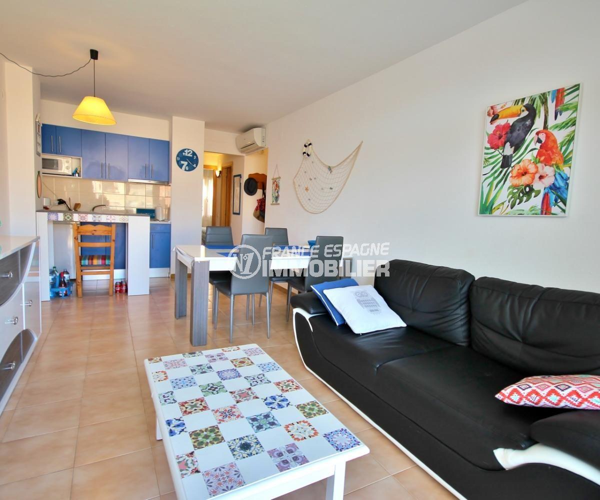 immo empuriabrava: appartement 53 m², salon / séjour avec cuisine ouverte