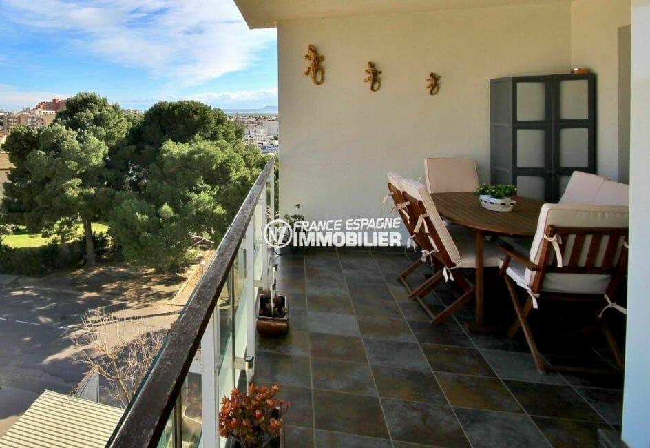 appartements a vendre a rosas, atico de 50 m², terrasse avec vue dégagée