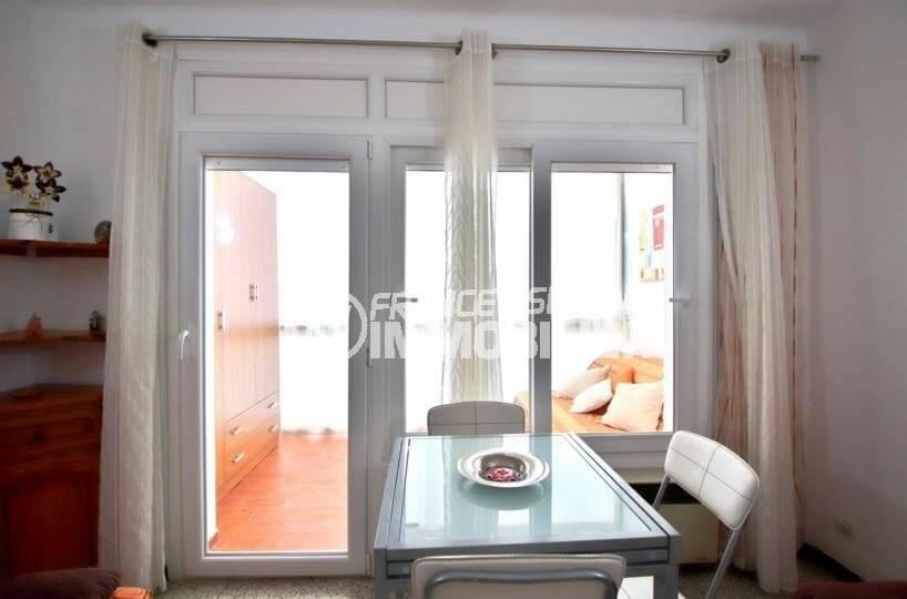 appartement a vendre a rosas: studio 30 m² avec véranda 8 m² vue mer latérale