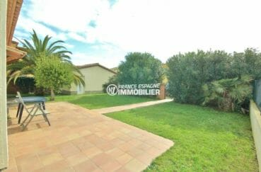 immobilier costa brava: villa 143 m², terrasse avec vue sur le portail extérieur