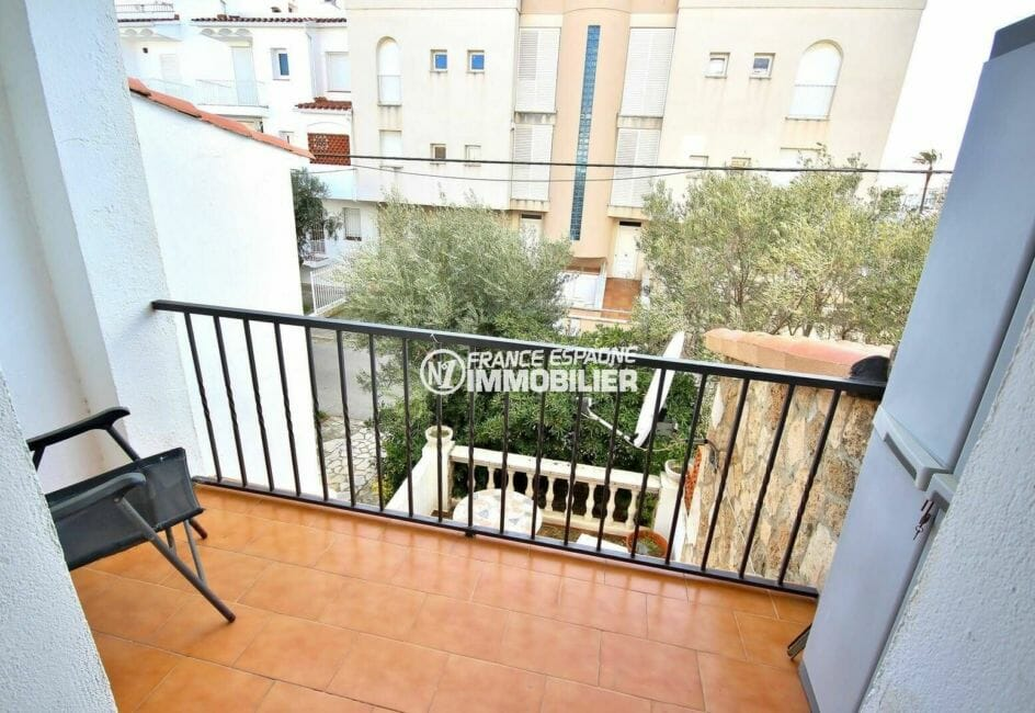 empuriabrava immobilier: appartement 64 m², terrasse avec vue dégagaée accès chambre 1