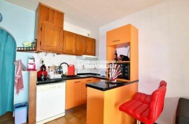 maison a vendre empuria brava, villa secteur résidentielle, cuisine américaine ouverte