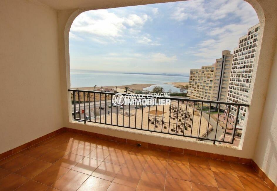 la costa brava: appartement 83 m², magnifique vue mer depuis la terrasse accès salon / séjour
