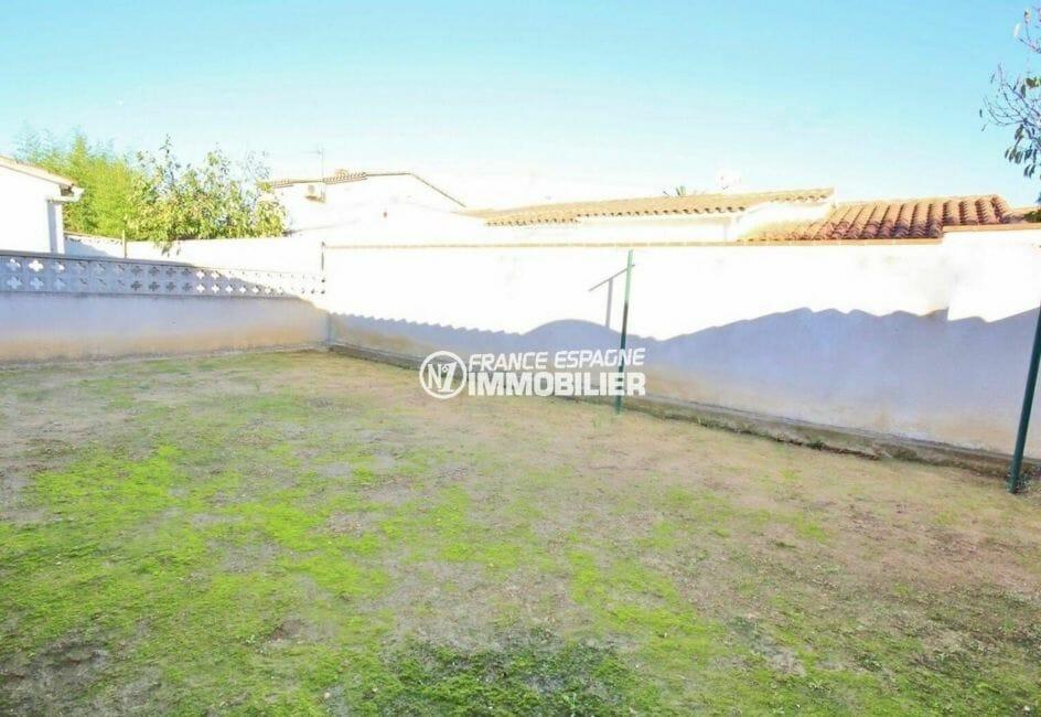 maison a vendre espagne costa brava, villa 80 m² avec terrain de 218 m², secteur résidentiel
