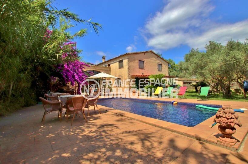 immo costa brava: villa beau mas, grand terrain avec piscine, proche plage